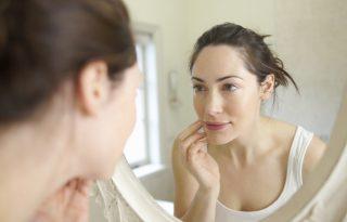 Így támogasd a hormonjaidat a szebb bőrért