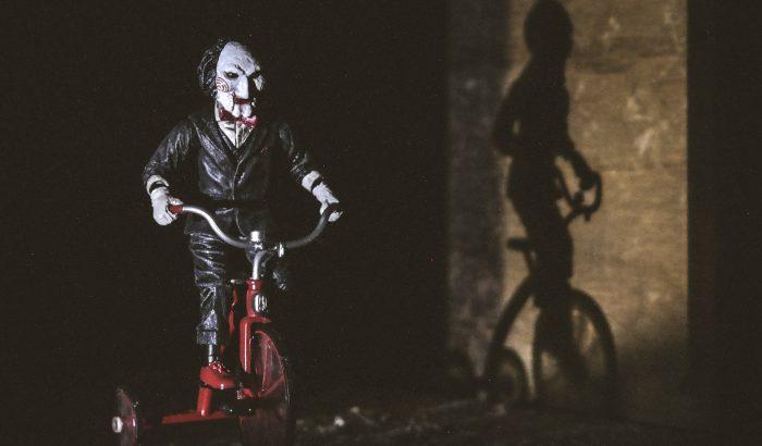 Hogyan segíthetnek a horrorfilmek leküzdeni a szorongást?