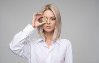 Már csak 257 év, és a nők is ugyanannyi fizetést kapnak, mint a férfiak