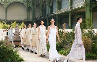Coco Chanel árvaházi éveit eleveníti fel a Chanel 2020-as tavaszi-nyári kollekciója