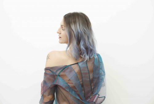 Klippremier: bemutatkozik Galambos Dorina elektro-pop triója