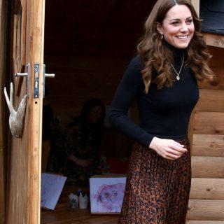 Kate Middleton Zara szoknyában