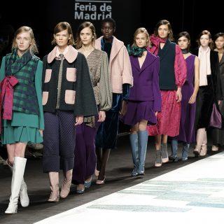 Ezt hordjuk idén ősszel! – trendek a Madridi Divathétről