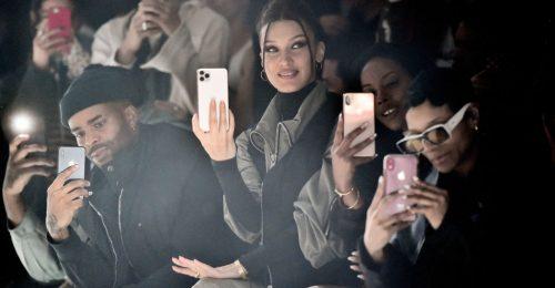 Bella Hadid megmutatja, hogy kell magunkévá tenni az év legkényelmesebb trendjét