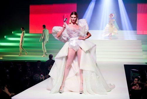 Lélegzetelállító haute couture alkotások a Párizsi Divathétről