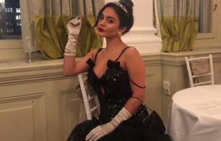 Vanessa Hudgens királynői nagyestélyiben lépett át az új évbe