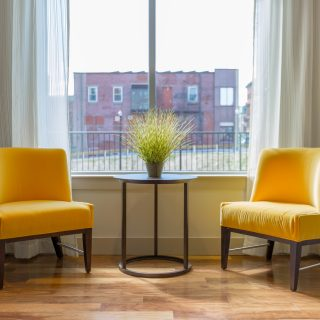Frissítsük fel otthonunk stílusát: kezdjük a függönynél!