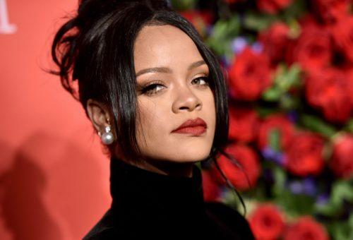 Nagyon dögös Rihanna Valentin-napi kollekciója