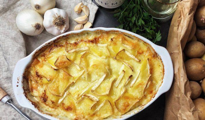 Krémes és nagyon sajtos rakott krumpli
