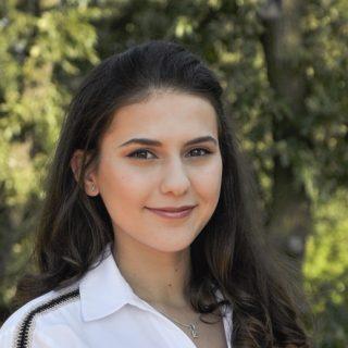 Feltörekvők: Király Szilvia egyetemi hallgató, leendő sejtbiológus