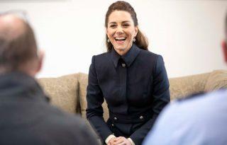 Az egész internet Katalin hercegné ruháját méltatja