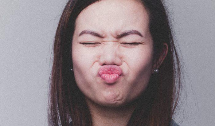 Az arckifejezés mégsem árulja el az érzelmeket