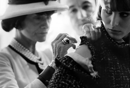 Coco Chanel és Marilyn Monroe egy fotókiállításon