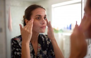 Kíméletes arcpeelingrecept csupa természetes összetevőből