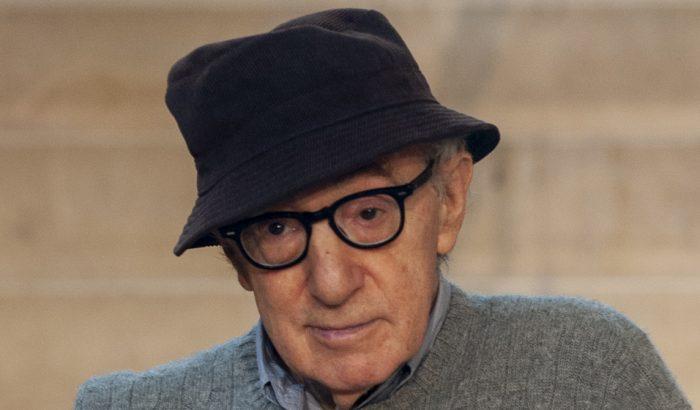 Woody Allen memoárjának megjelenését a #MeToo továbbra sem engedi