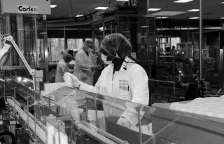 A Clarins szépségmárka kézfertőtlenítőkkel támogatja a kórházakat