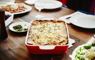 Napi receptsztori: klasszikus rakott krumpli