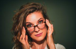 Hogyan tisztítsuk a szemüveget a járvány alatt?