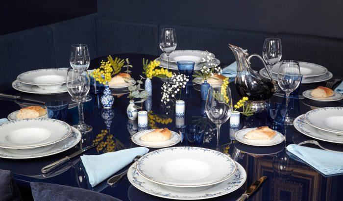 Egy süti Audrey Hepburnnel – elárverezik a Ritz Hotel kristályait, porcelánjait