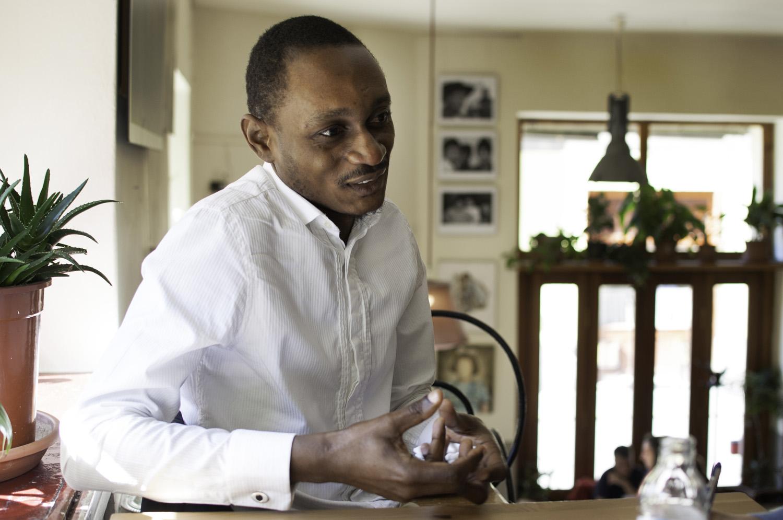 Dr. Tshava Tona Guellord