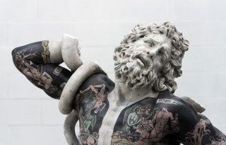 Így néznek ki a klasszikus antik szobrok tetőtől talpig kivarrva