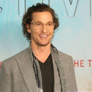 Matthew McConaughey online bingót tartott nyugdíjasoknak