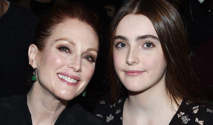 Julianne Moore hasonmás lánya 18 éves lett