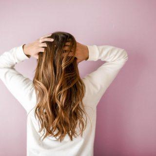 Új trend a fejbőr detox! De tényleg szükség van rá?