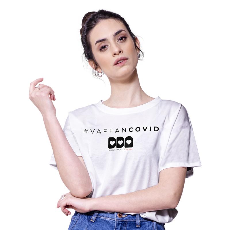 koronavírus feliratos póló