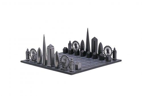 London előtt tiszteleg a különleges sakktábla