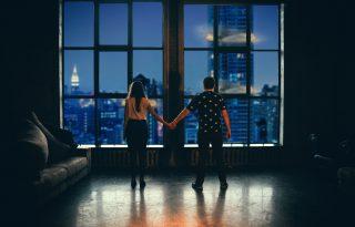 Hogyan élheti túl a párkapcsolat a karantént?