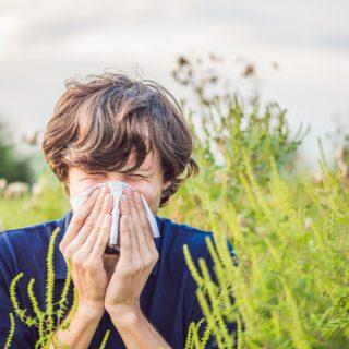 Tényleg nagyobb veszélyben vannak az allergiások a koronavírus idején?