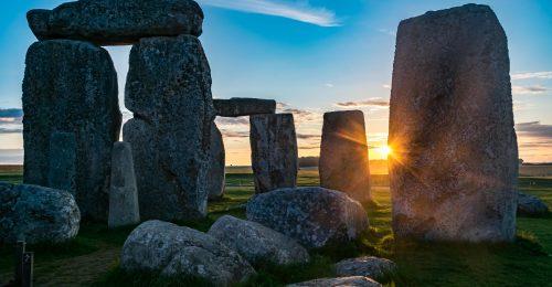 Online élvezhetjük a nyári napfordulót a Stonehenge-től