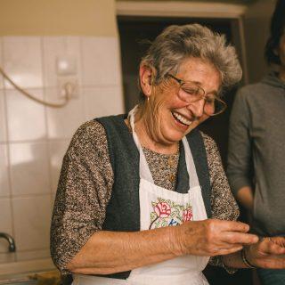 Balla mama nyara – sorra születnek a tervek a szoboszlói konyhában