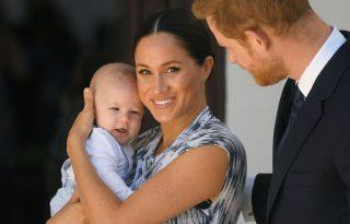 Az eddigi legédesebb videóval ünnepelte Harry és Meghan a fiuk születésnapját