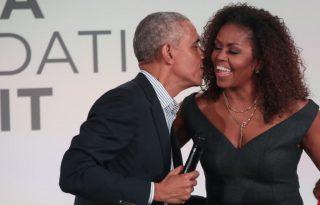 Obamáék zoomos inspirációs beszédénél nem láttunk kedvesebbet a héten