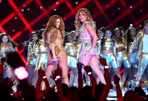 Így tanította Jennifer Lopez feneket rázni Shakirát