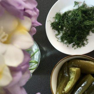 Karcsúsító ételek a strandszezon előtt: kovászosuborka-leves