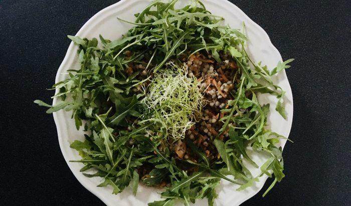 Karcsúsító ételek a strandszezon előtt: hajdina saláta