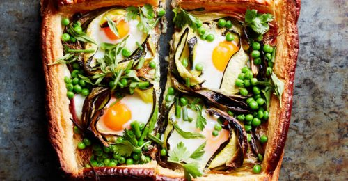 Pofonegyszerű tavaszi tarte cukkinivel és tojással