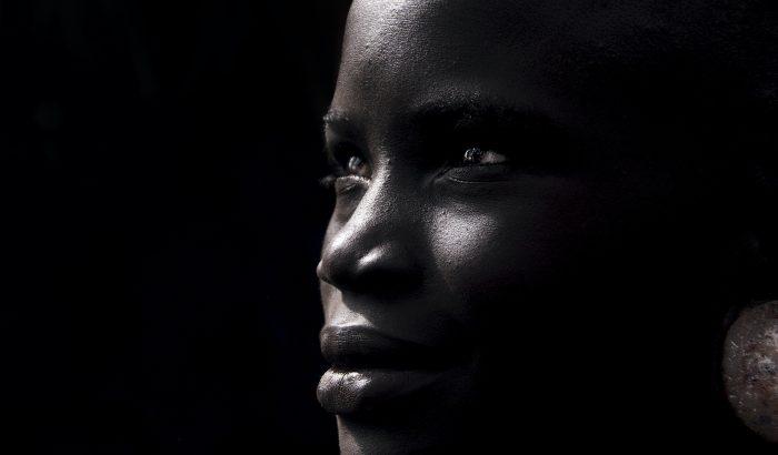 Nők győzelme Szudánban: betiltották a lányok körülmetélését