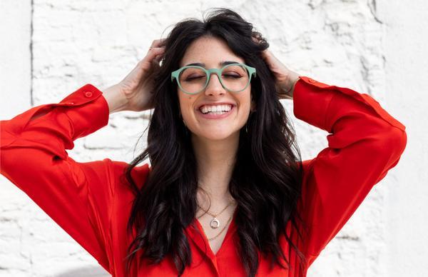 Vigyázz, kész, teszt! A kékfényblokkoló szemüveg, amitől jobban alhatunk