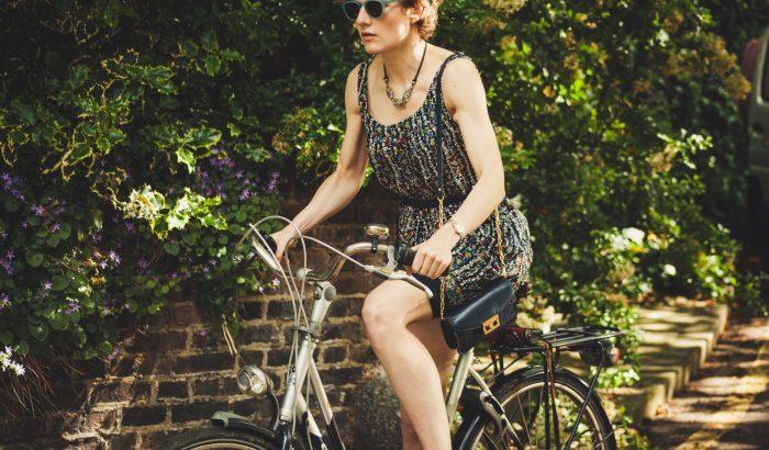 Kerüld a farmert és figyelj a szegélyre: a biciklizés tízparancsolata