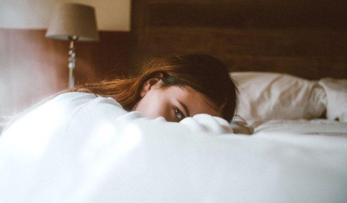 Így hat a menstruációs ciklus a bőrödre