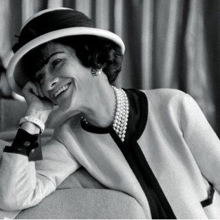 Végre megnyithatott: Coco Chanel és Marilyn Monroe egy kiállításon