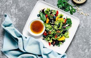 3 különleges salátaöntet, amit még te sem próbáltál