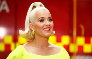 Katy Perry meseszép képen mutatta meg, hol tart a terhessége