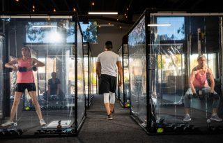 Jóga búra alatt, futópad plexifallal: így változott az edzés a járvány nyomában