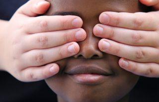 Rasszizmus és igazságtalanság: hogyan beszélgessünk a gyerekekkel róla?