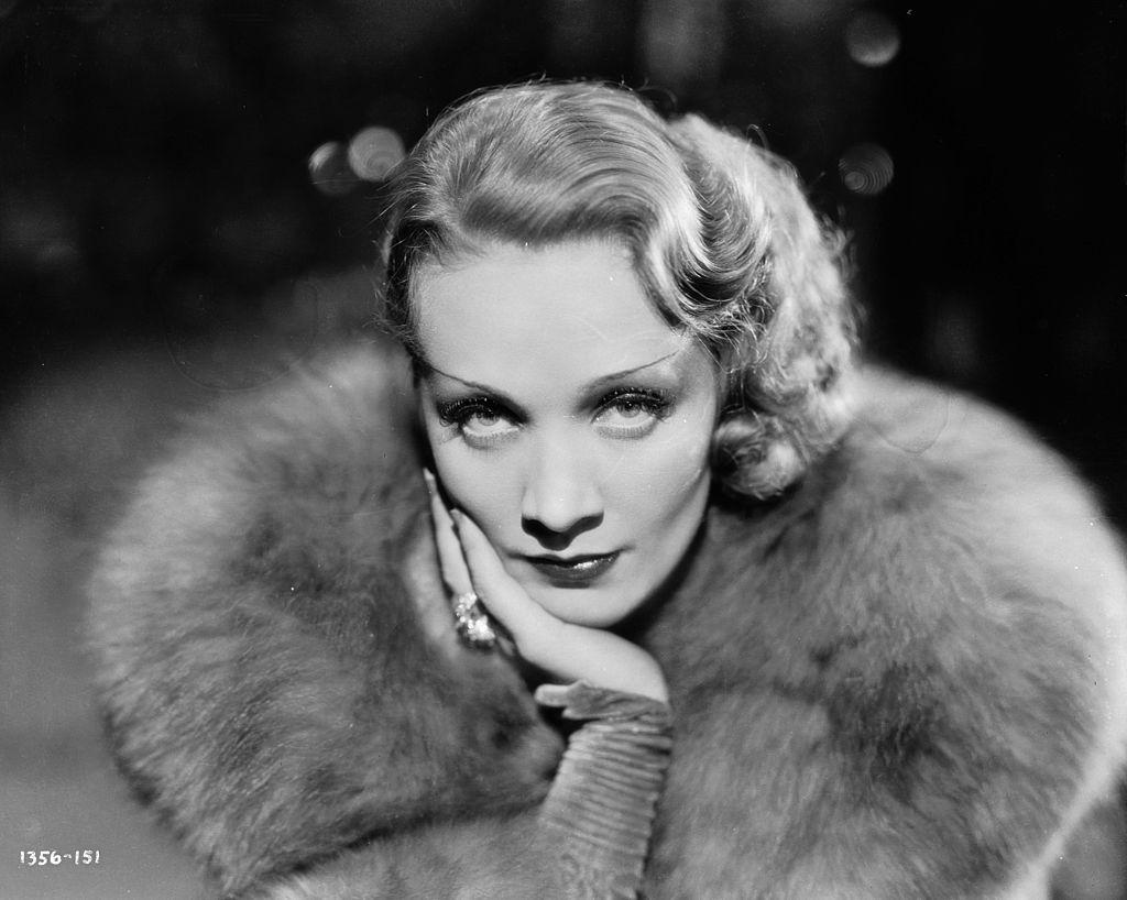 Marlene-Dietrich-hollywoodi-szepsegpraktikak